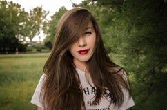 Upaćkana dosyć długie włosy dziewczyna Obraz Stock