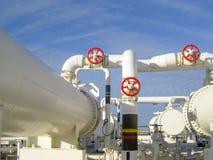 Upałów exchangers w rafinerii Gorącej benzyny lotniczy cooler lotniskowych tła Bequia karaibskich e grenadyn międzynarodowy wysp  Obrazy Royalty Free