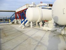 Upałów exchangers w rafinerii Gorącej benzyny lotniczy cooler lotniskowych tła Bequia karaibskich e grenadyn międzynarodowy wysp  Zdjęcie Stock