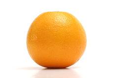 Upclose orange sur le blanc - de niveau Images stock