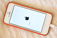 Updating IOS on Apple iphone 5 screen Royalty Free Stock Photography