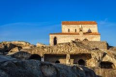 Uplistsikhe第9/10世纪三教堂中殿大教堂和修士加州 免版税库存图片