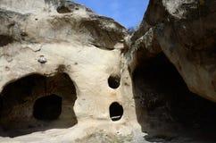 Uplistsikhe-Höhlen-Stadt gelegen auf linker Bank von Fluss Mtkvari, Geo Stockfoto