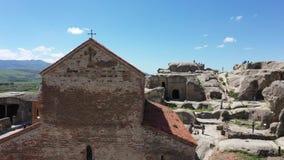 Uplistsikhe - la ciudad antigua de la cueva en Georgia almacen de metraje de vídeo