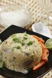 Upma - блюдо манной крупы от Индии стоковые изображения rf