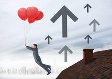 Upp den pilsymboler och affärsmannen som svävar med ballonger vid taket med lampglaset och den dimmiga staden Arkivbilder