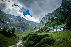 Upp i bergen Arkivbilder