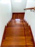 Upp trappan till sovrummet Arkivfoton