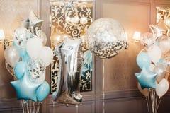 Uppblåsbar ballon för stor closeup i form av ett nummer ett Royaltyfri Fotografi