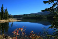 Upper Payette Lake in the fall Royalty Free Stock Images
