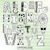 Uppercase bokstäver för svart kritablyertspennaalfabet Hand dragit skriftligt Arkivfoto