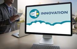 Uppfinner idérika idéer för INNOVATIONfunderare idérika proces för kunskap Royaltyfri Bild