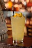 Uppfriskande kall citroncoctail Royaltyfri Fotografi