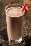 Uppfriskande läcker choklad mjölkar arkivfoto
