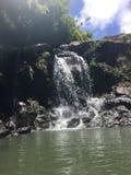 Uppfriskande vattenfall Arkivfoto