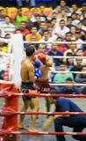 uppgift suddighetdde boxningkickmän s Arkivfoto