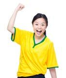 Upphetsat kvinnligt skrika för fotbollfans Royaltyfri Foto