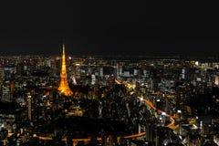 Upplyst Tokyo torn och horisont på natten från Roppongi Hills Royaltyfria Foton