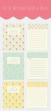 Uppsättning av anteckningsbokräkningar och sidor med blom- bakgrund och stället för text royaltyfri foto