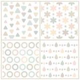 Uppsättning av 4 beigea sömlösa modeller med geometriska former Arkivbild