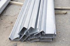 Uppsättning av byggnadsprofiler, stålprofiler för reparation, byggnationer arkivbild