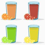 Uppsättning av citrus fruktsaft - apelsin, grapefrukt, limefrukt, citron Naturlig ny drink med skivan och halva frukter vektor stock illustrationer