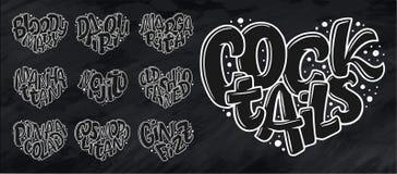 Uppsättning av coctailnamn som märker i hjärta - Gin Fizz, kosmopolit, Pina Colada som är gammalmodig, Mojito, Manhattan, margari royaltyfri illustrationer