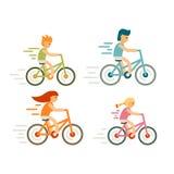 Uppsättning av cykelryttaren i plan stil Modern familj, fritid, ferier och aktiviteter, cirkuleringslopp, destillation som flytta royaltyfri illustrationer