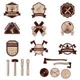 Uppsättning av de snickerietiketterna och emblemen Träverk stock illustrationer
