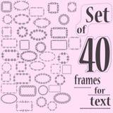 Uppsättning av 40 dekorativa ramar för text med den geometriska och blom- modellen vektor illustrationer