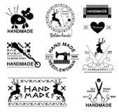 Uppsättning av den gjorda tappninghanden - och skräddareetiketter, emblem och planlagda beståndsdelar Arkivfoto