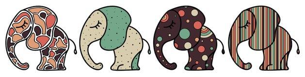 Uppsättning av den gulliga lilla elefanten med prydnader Färgrik illustration för kort, klistermärkear och tryck Arkivbild