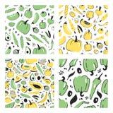 Uppsättning av den hand drog sömlösa modellen med frukter och grönsaker Konstnärlig illustrationmat för vektor Strikt vegetariant Royaltyfri Bild