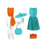 Uppsättning av den isolerade symbolen för trendig kläder vektor illustrationer