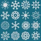 Uppsättning av den olika vita snöflingauppsättningillustrationen Arkivbild