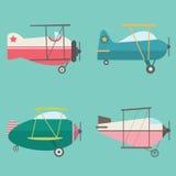 Uppsättning av den Retro AirplanesVector illustrationen stock illustrationer