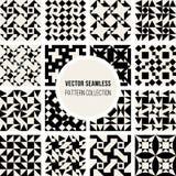 Uppsättning av den sömlösa svartvita geometriska modellsamlingen för sexton vektor Arkivfoto