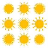 Uppsättning av den skinande ljusa gula solen Royaltyfri Fotografi