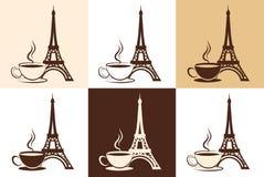 Uppsättning av den stiliserade konturn av Eiffeltorn och en kopp kaffe eller ett te på olika bakgrunder. Royaltyfri Fotografi