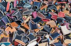 Uppsättning av den traditionella handen - gjorda skor Royaltyfria Foton