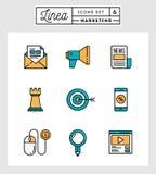 Uppsättning av den tunna linjen symboler för plan design av den digitala marknadsföringen Arkivfoto