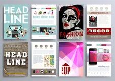 Uppsättning av designmallar för broschyrer, reklamblad, mobila Technologi Arkivbilder