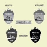 Uppsättning av det campa logoemblemet och banret för mountainbike Cykel för extrem livsstil Gråtondesign royaltyfri illustrationer