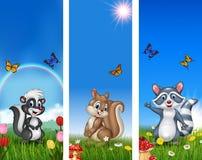Uppsättning av det roliga djuret för träd med naturbakgrund stock illustrationer
