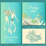 Uppsättning av dykningillustrationer Par av dykare, korallrev, fisk Royaltyfria Bilder