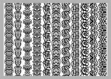 Uppsättning av elva sömlösa ändlösa dekorativa linjer Modeller för beståndsdelar för indierHenna Border garnering i svartvita fär stock illustrationer