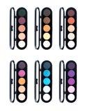 Uppsättning av färgrik ögonskugga i svarta askar Fotografering för Bildbyråer