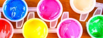 Uppsättning av färgrik målarfärgnärbild Arkivfoto