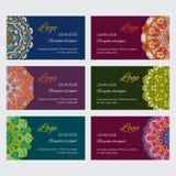 Uppsättning av färgrika dekorativa orientaliska ramar för rengöringsduk och identitet royaltyfri illustrationer