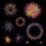 Uppsättning av färgrika fyrverkerier som utstrålar från mitten av tunna strålar, linjer Den abstrakta explosionen, hastighetsröre Fotografering för Bildbyråer